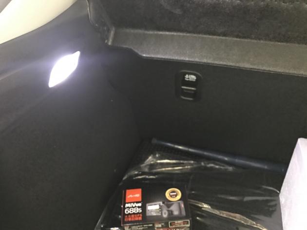 LED 室內燈 後箱燈 5